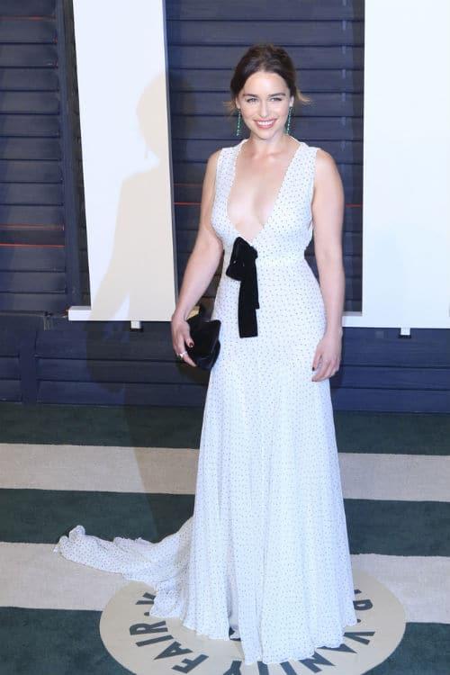 Emilia Clarke style