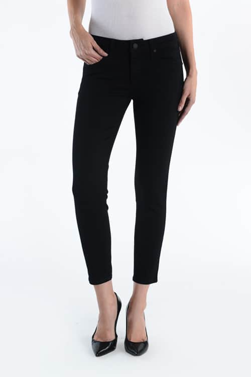 Black skinny jeans for short women