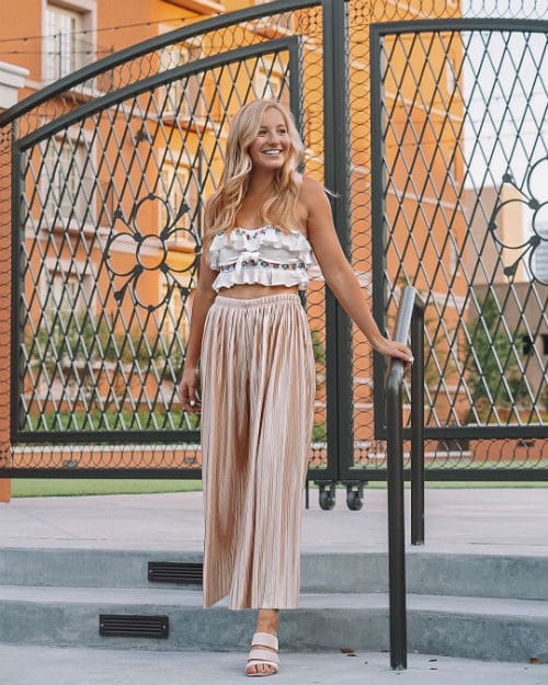 64ddd4fd359 A Short Girl s Guide to How to Wear Petite Palazzo Pants