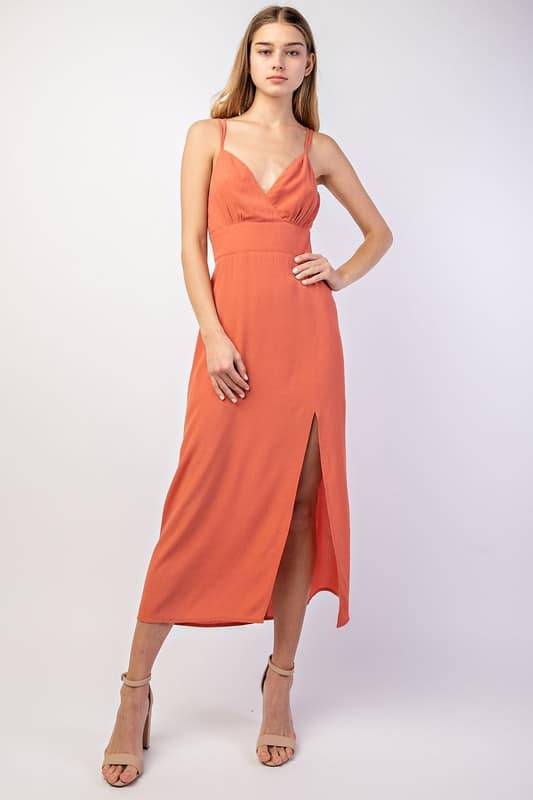 d866f5301f41 This is How to Wear Petite Maxi Dresses if you are Short