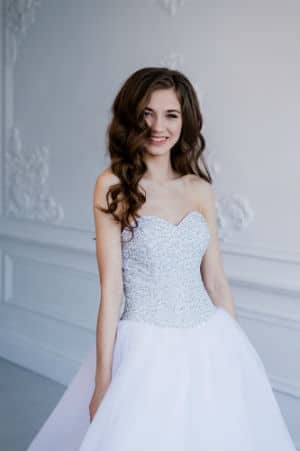 wedding dresses for small bust