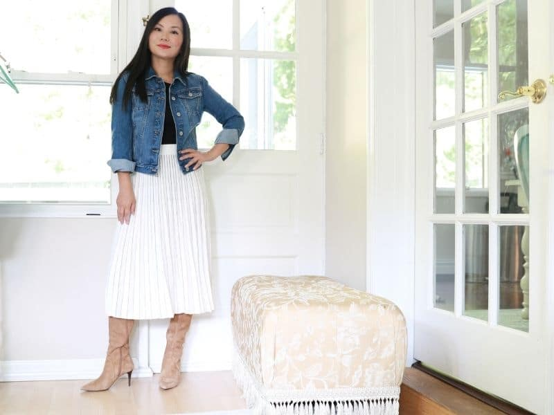 how to wear a denim jacket with pleated skirt