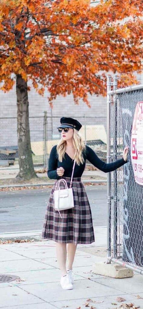 how to wear plaid skirt in the fall