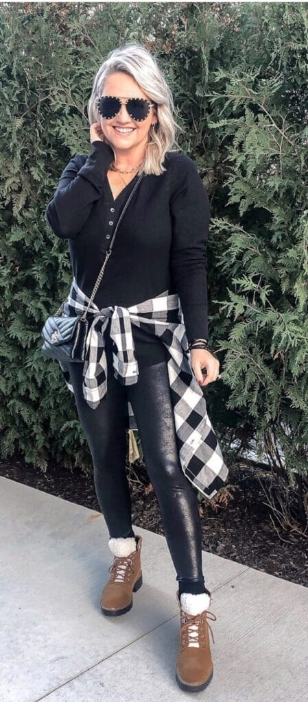 What to wear with leather leggings