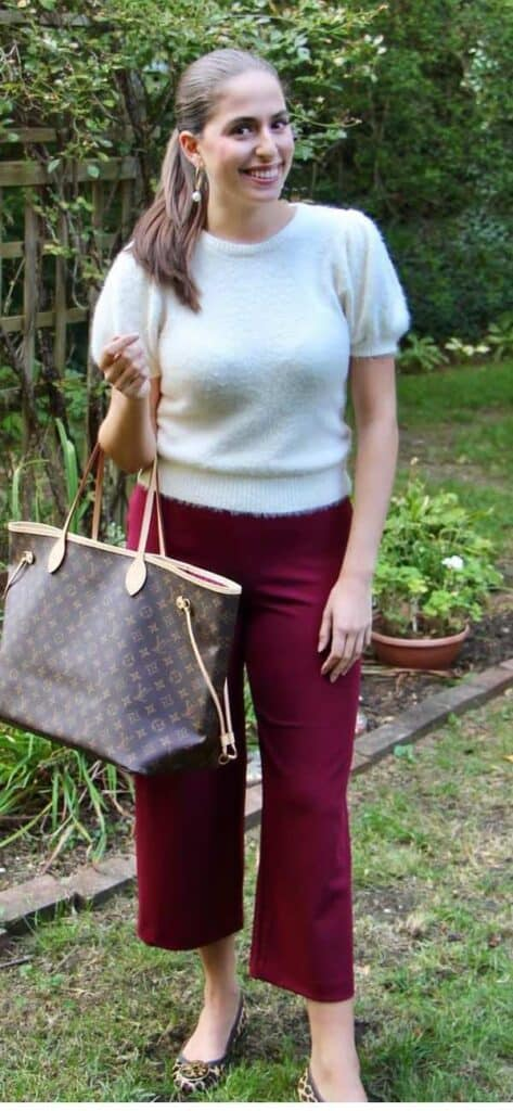 what tgo wear with burgundy pants