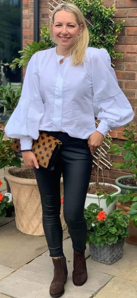 chelsea boots outfit for women