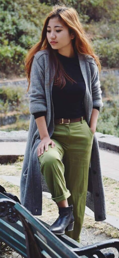 what to pair with olive green pants