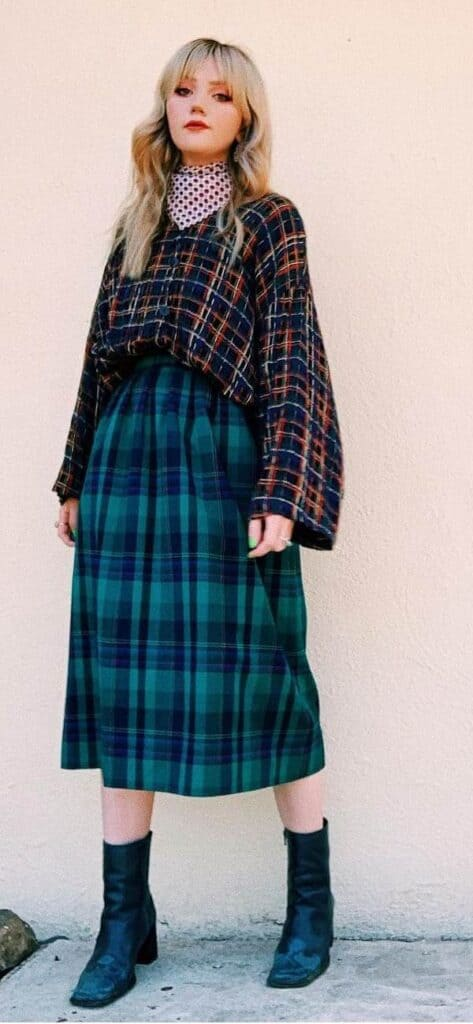 plaid skirt outfits