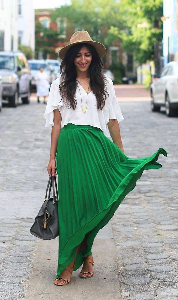 what to wear with green maxi skirts