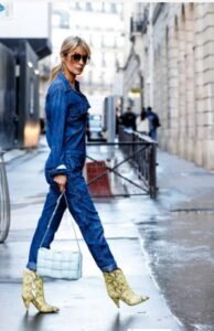 what shoes to wear with denim jumpsuits