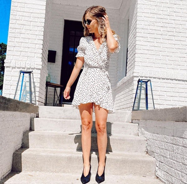 what to wear to summer outdoor weddings