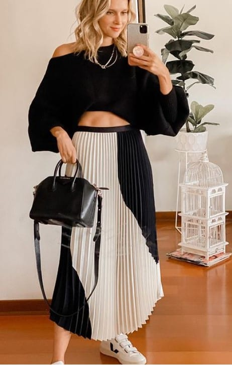 what tops to wear with maxi skirts