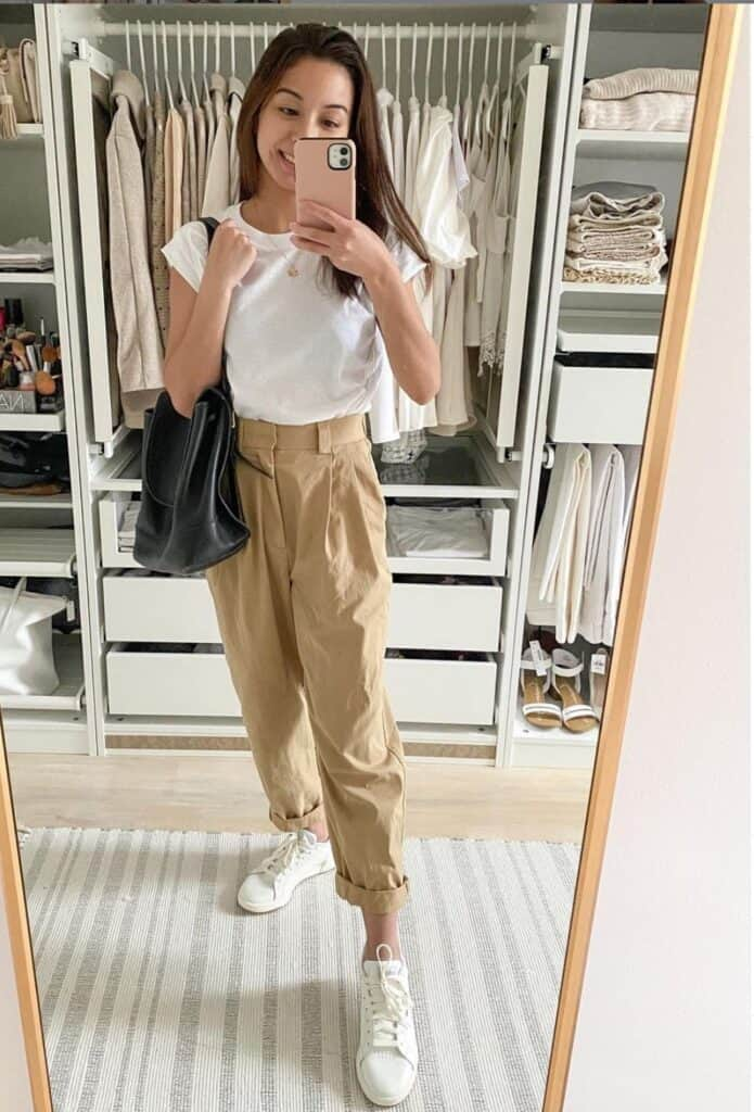 what top to wear with khakis pants