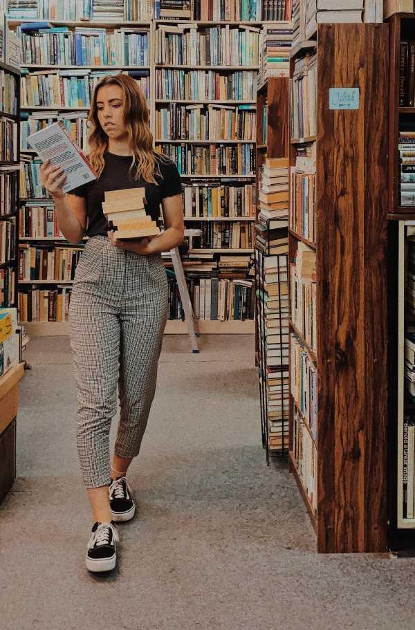 women's plaid pants outfit ideas